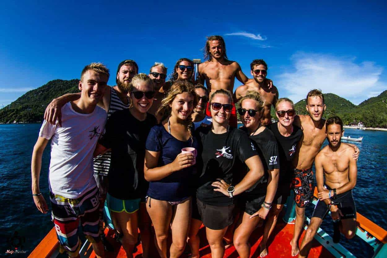 Divemasters, trainees and instructors