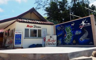 Mojo Divers beach office